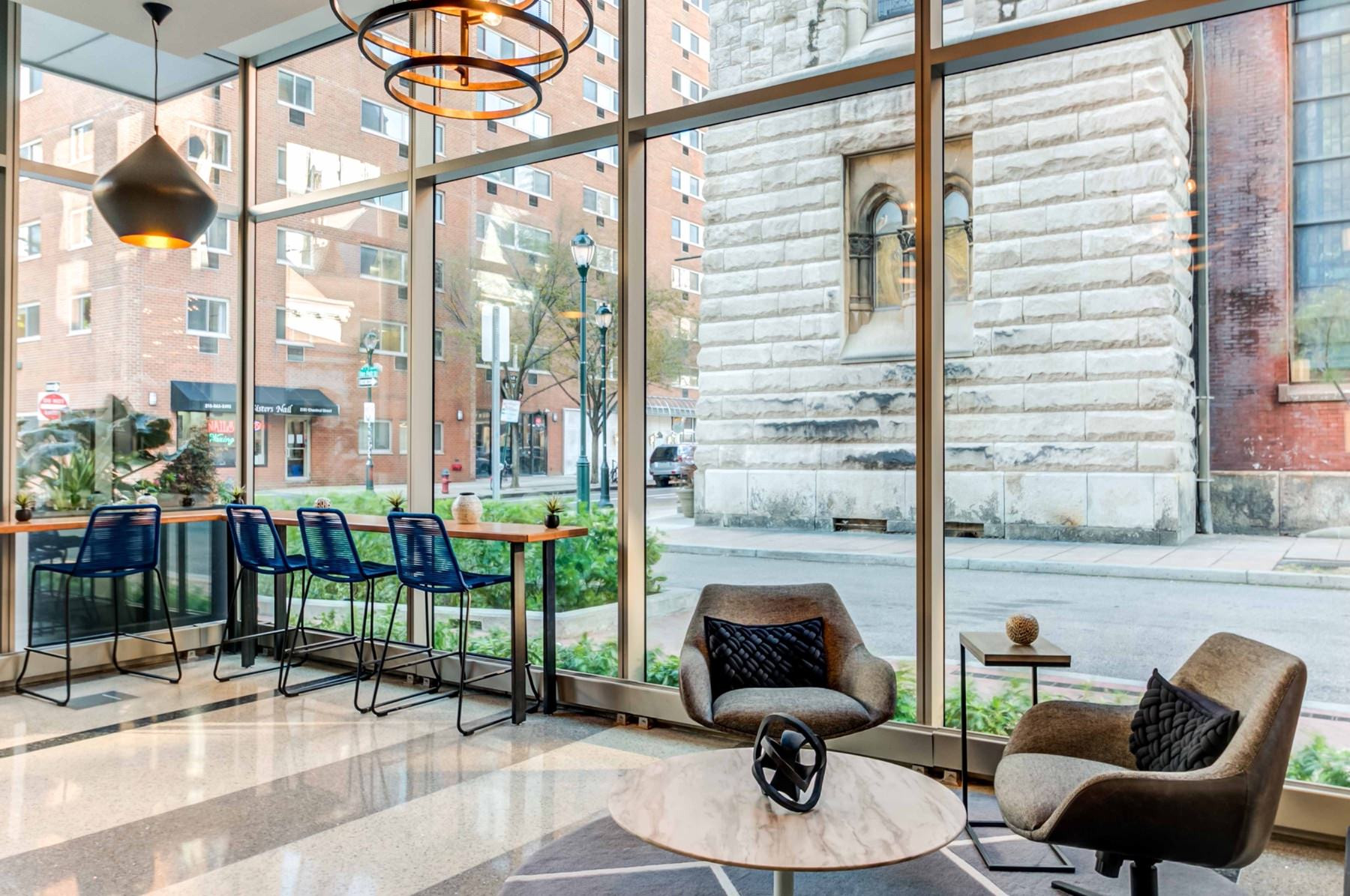 The 2116 Chestnut Amenity Spaces
